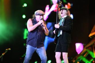 Brian Johnson e Angus Young, do AC/DC - Foto: Divulgação