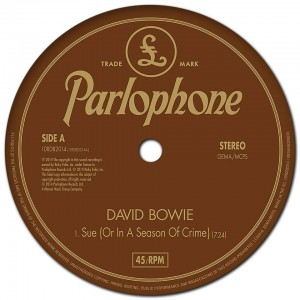 "David Bowie - Reprodução do Single ""Sue (or In A Season Of Crime)"""