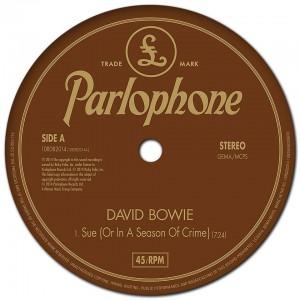 "David Bowie - Reprodução do Single ""Sue (or In A Season Of Crime)"""