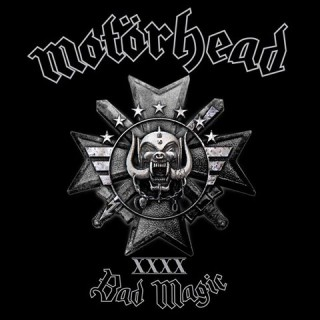 "Reprodução da capa do disco ""Bad Magic"", do Motörhead"