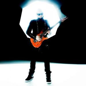 Joe Satriani - Foto: Divulgação