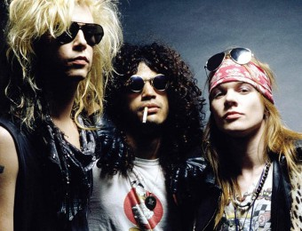 Foto antiga do Guns só com Axl, Slash e Duff - Foto: Divulgação