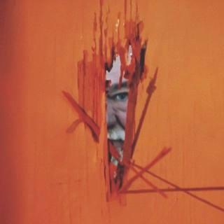 """Reprodução de cena do clipe da faixa """"Cone of Shame"""", do FNM"""