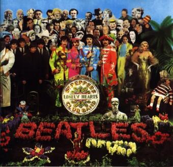 Sgt. Pepper's Lonely Hearts Club Band - Reprodução da capa