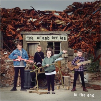 "The Cranberries - Reprodução da capa do disco ""In The End"""